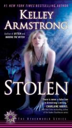Stolen (novel) by Kelley Armstrong